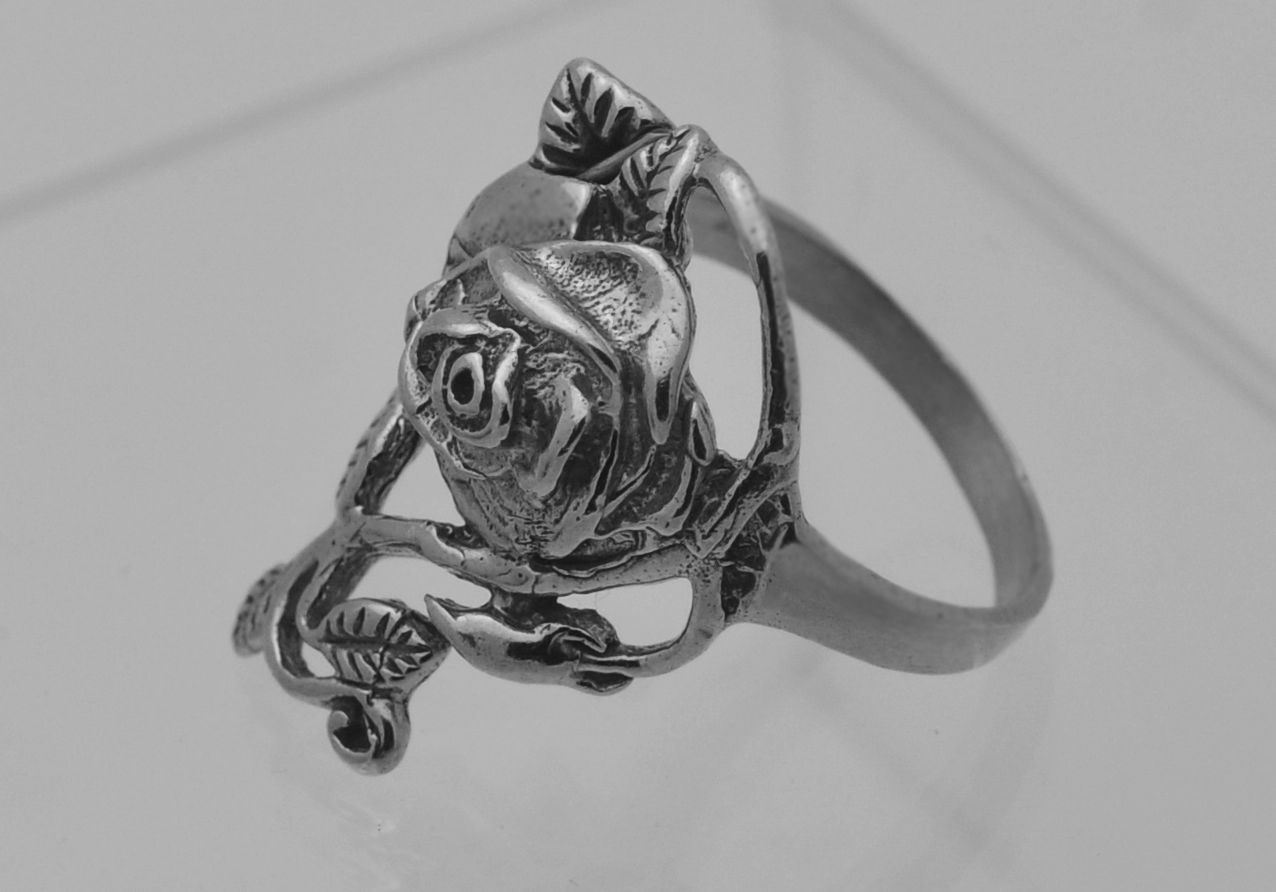 Long finger Sterling Silver .925 Enchanted Forest garden Rose vine ring Jewelry