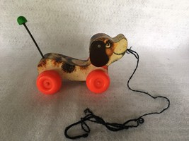 Vintage~FISHER PRICE~1963~Little Snoopy~Makes sound as you pull it! - $4.95