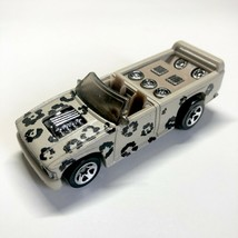 """Hot Wheels 1990 Mattel Beige Black Paw Prints Spots Boom Box Truck 3"""" Ma... - $4.92"""