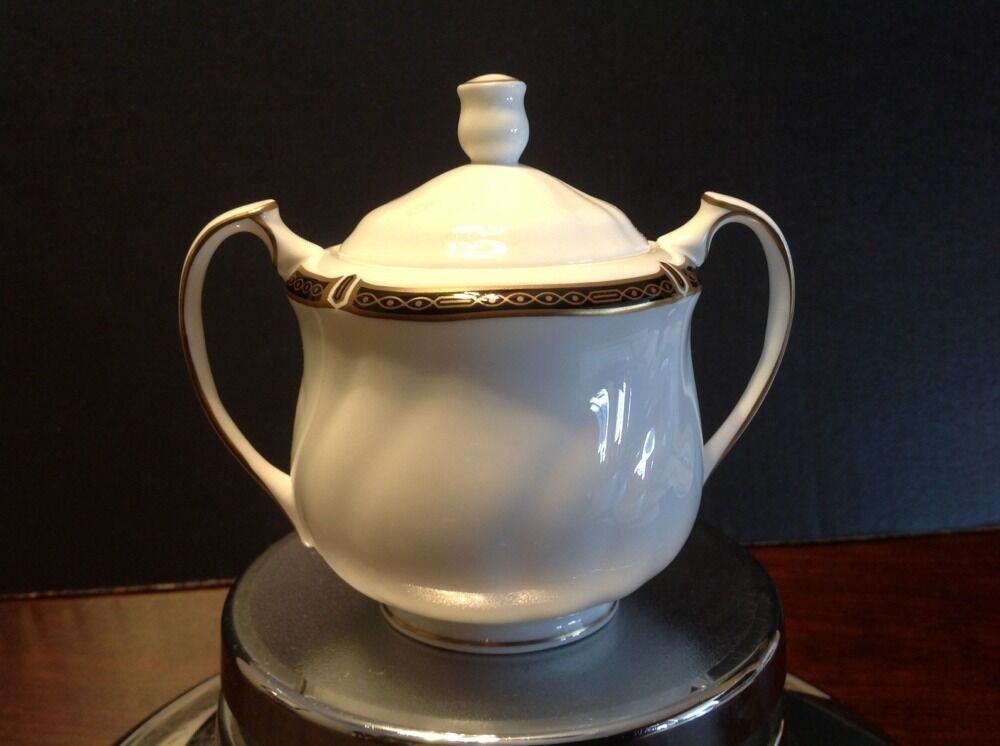 Wedgwood Windsor Black China Sugar Bowl With Lid 1989 Excellent Condition - $100.00
