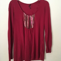 Daisy Fuentes MISSES' PARTY HOLIDAY red blouse/top with sparkle. Size M.... - $7.99