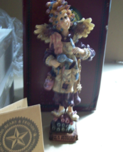 Boyd's Folkstone Collection Madge The Magician Beautician Retired 1996 image 4