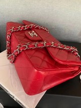 AUTHENTIC CHANEL RED CAVIAR QUILTED JUMBO DOUBLE FLAP BAG SILVER HARDWARE image 4