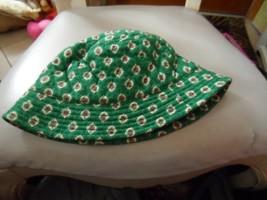 Vera Bradley sun hat in retired GReenfield pattern - $24.00