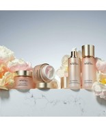 Avon Anew Isa Knox Collection - $49.50+