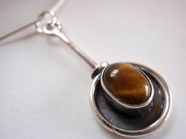 New Tiger Eye Oval on Stem 925 Silver Necklace India - $19.46