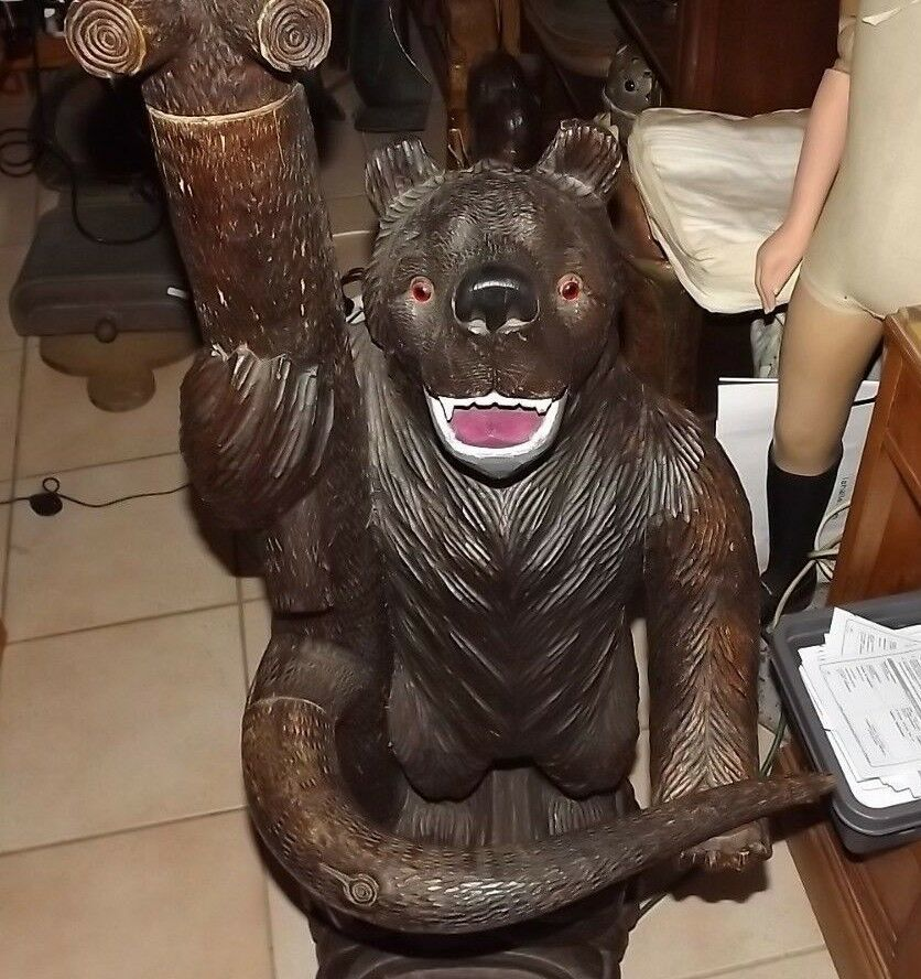 Important Antique 1900 German Swiss Brienz Black Forest family bear coat rack image 2