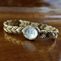 New Women's ELGIN Gold Hearts & Bows Link Bracelet Watch Mother of Pearl... - $49.95