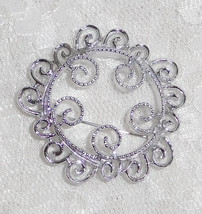 "Sarah Coventry Round Silvertone Brooch - 2"" in Diameter - Stunning! - $14.01"