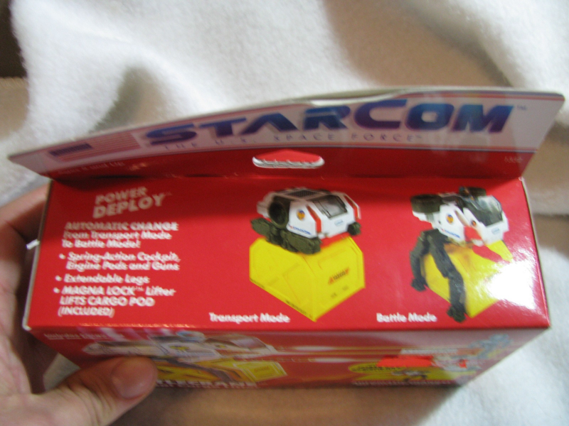 Star Com Battle Crane.Unopened. Coleco. Ages 5 and up. 1987.