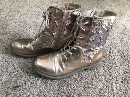 Girl's / Ladies Size 6 Pink/Rose Tone Sequin Boots, Lace Up - $11.39