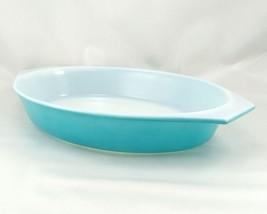 Pyrex Turquoise Oval Princess 1½ qt Casserole Dish Gold Color Scroll 945C Lid image 2