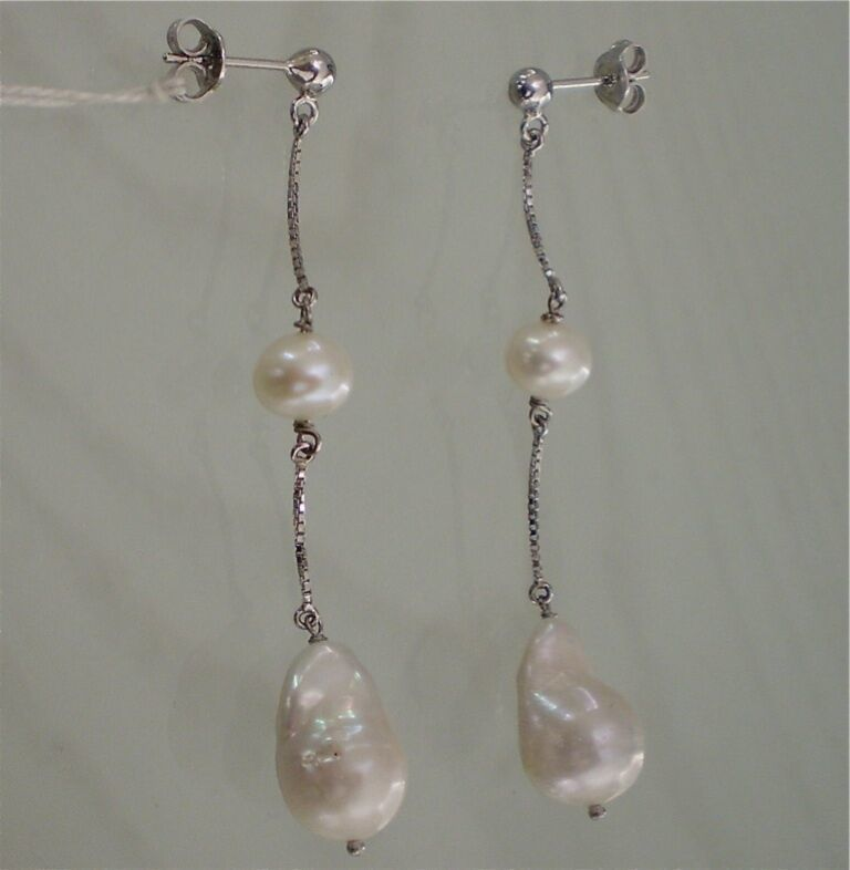 18K WHITE GOLD PENDANT EARRINGS WITH WHITE DROP PEARLS, MADE IN ITALY