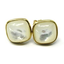 18K YELLOW GOLD BUTTON LOBE EARRINGS, CABOCHON SQUARE MOTHER OF PEARL DIAM. 9mm image 1