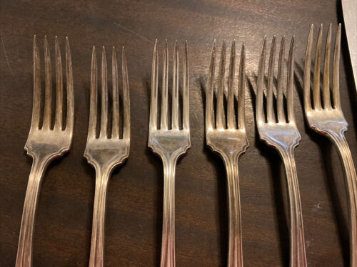 Primary image for 6 Wm A Rogers SXR Silverplated Dinner Forks - 1907 Raleigh Pattern With 5 Knives