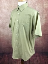 Roundtree & Yorke Easy Care Button Down Short Sleeve Green Check Shirt M... - $11.77