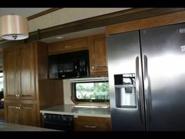 40' Heartland Landmark for Sale In Rockcrusher C.G. Crystal River, FL 34429 image 8