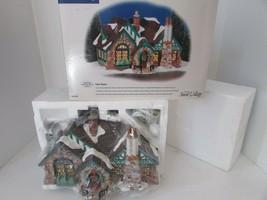 DEPT 56 55062 TUDOR HOUSE SNOW VILLAGE LIGHTED BUILDING D1 - $38.17