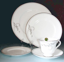 Waterford China Ballet Jewels 20 Piece Dinnerware Set-Service For 4 New - $185.90