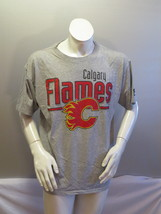 Calgary Flames Shirt (VTG) - Gym Shirt Style by Starter - Men's Large  - $45.00