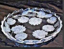 Vintage heavy etched glass serving plate designs AA19-LD11918 image 1