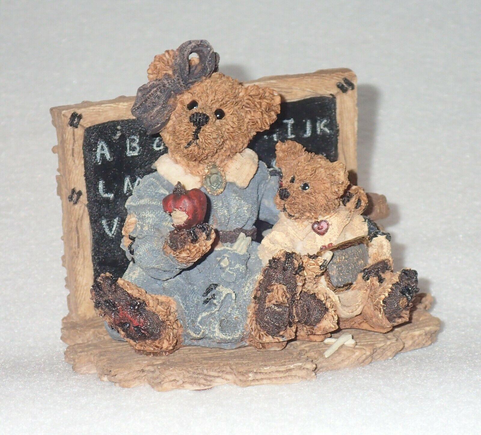 Boyd Bearstone Resin Bears Miss Bruin & Bailey The Lesson Figurine #2259 17E