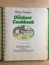 Vintage 1967 Betty Crocker's New Outdoor Cook Book- hardcover image 3