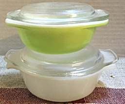 Set of Two Vintage Petite Covered Casserole Dishes PYREX LIME GREEN Fire... - $20.00