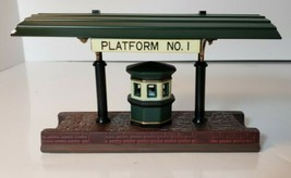 Department 56 Victoria Station Train Platform Heritage Village Porcelain... - $15.50