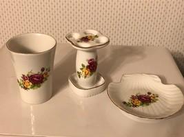 VTG Country Roses 3 Piece China Bathroom Set Toothbrush Holder Shell Soa... - $29.65