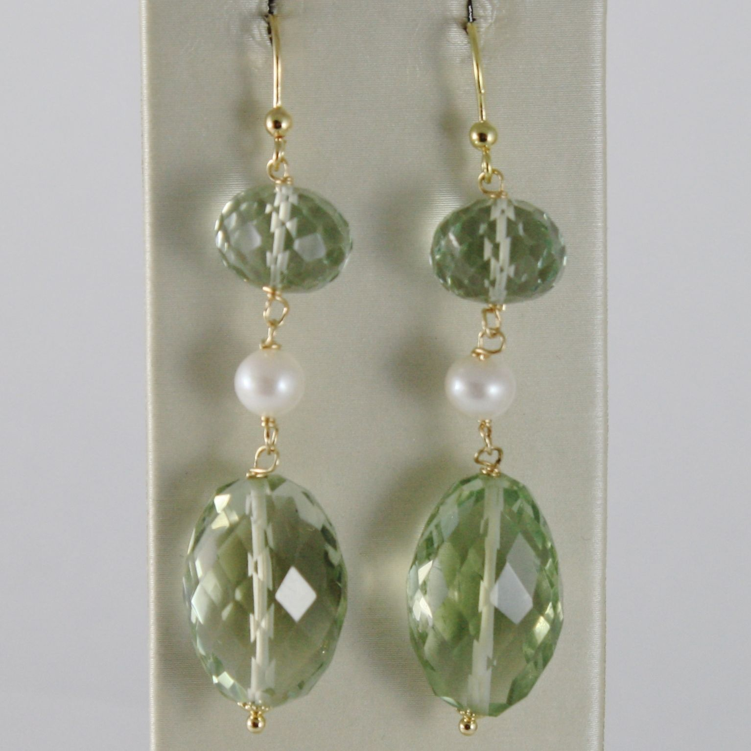 SOLID 18K YELLOW GOLD PENDANT EARRINGS WITH CUSHION GREEN PRASIOLITE AND PEARLS