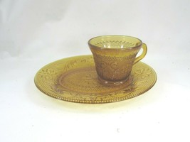 Vintage Tiara Amber Sandwich Glass Indiana Snack Plate Cup Daisy 51423 - $15.83