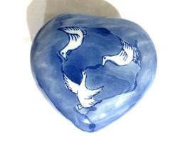 CHINOISERIE FLOW BLUE GEESE DUCK BIRDS POTTERY HEART SHAPE VANITY TRINKE... - $12.75