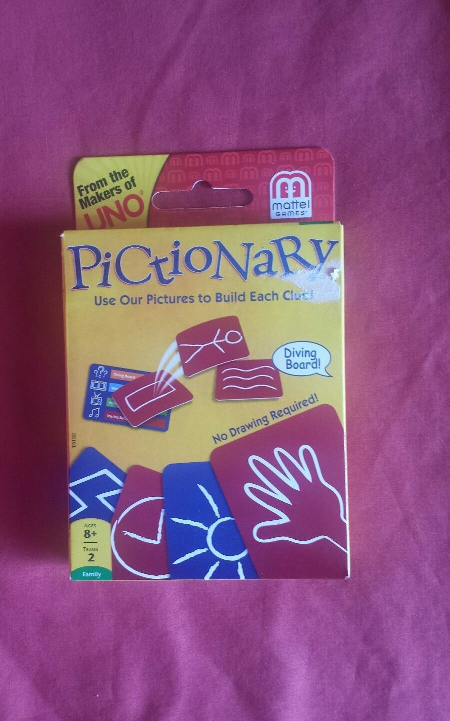 Primary image for uno pictionary card game new dated 2012
