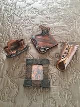 Figi Western Heritage Vintage Cowboys Desk Post It Business Card Holder ... - $21.32