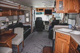 2001 Newmar Dutch Star 4095 For Sale In Palmer, TX 75152 image 8