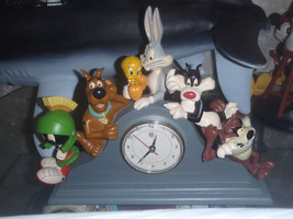 Extremely Rare! Looney Tunes and Scooby Doo Table Clock Figurine Statue - $346.50