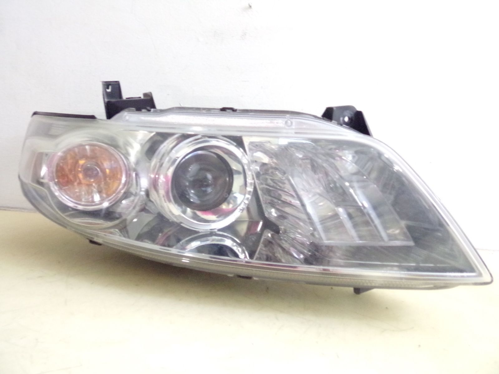 Primary image for 2005 2006 2007 2008 INFINITI FX35 FX45 PASSENGER RH XENON HID HEADLIGHT OEM 69