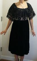 Vintage Lee Jordan Ruffled Illusion Lace Velvet Dress Formal Gown - $55.00