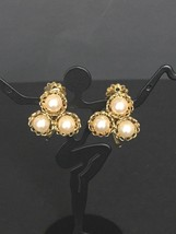 Vintage Beautiful Off White Faux Pearl Clip On Earrings C. Mid Century - $14.39