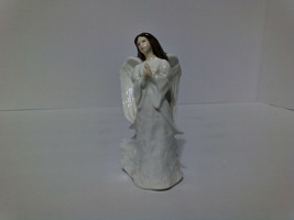 Royal Doulton - Christmas Angel HN3733 - Made in England 1996 - 6 inches... - $60.00