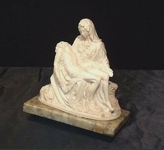 Statue of Jesus on the Lap of His Mother Mary (Italy) AA18-1028 image 2