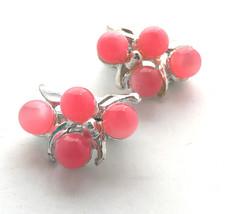 Vintage Cluster Clip On Earrings Pink Silver Tone Beaded Metal - $23.99