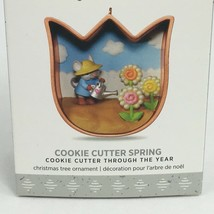 New Hallmark Keepsake Ornament Cookie Cutter Spring 2017 in Box Tulip Shape - $10.00