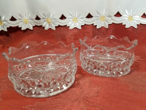 """PAIR OF CANDY DISH WIGGLY EDGE, CIRCLES AND STAR BOTTOM 4"""" X 2"""""""