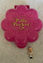 Polly Pocket Mr. Fry's Restaurant Pink Flower Compact BlueBird 1990 w/1 ... - $18.80