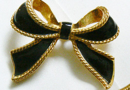 Vintage KJL for AVON Black Enamel Ribbon Bow Bolo slide Clip Pendant gold tone - $41.18