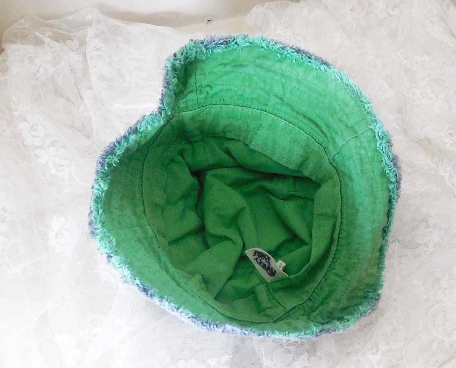 GAP Reversible Bucket Hat Size XS S 12-24 Months - Wave Hunter Surf 491998862cd0