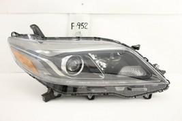 Used Oem Headlight Head Light Lamp Toyota Sienna 2015-2029 Led Minor Damage - $113.85