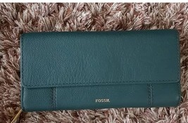 NWT Jori Fossil Leather Checkbook Wallet - $53.14 CAD